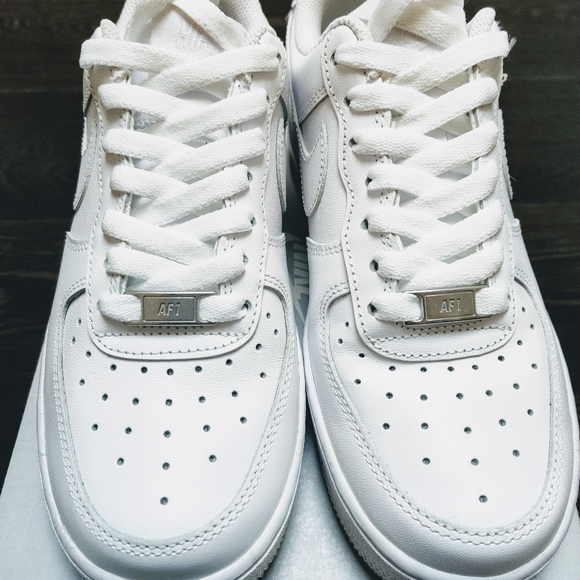 Nike Shoes | Air Force 1 07 Womens Size